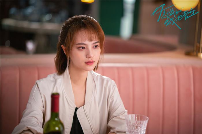4姜珮瑶饰阮青夏.jpg